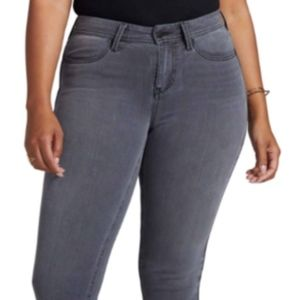 NWT NYDJ Curves 360 Skinny Plus size 26